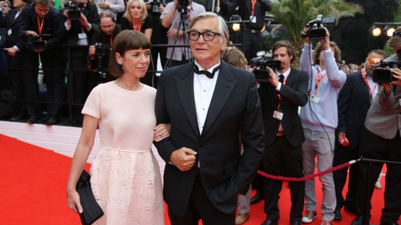 Prezident filmového festivalu v Karlových Varech Jiří Bartoška s manželkou Andreou