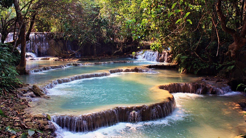 Laos, 60 metrů