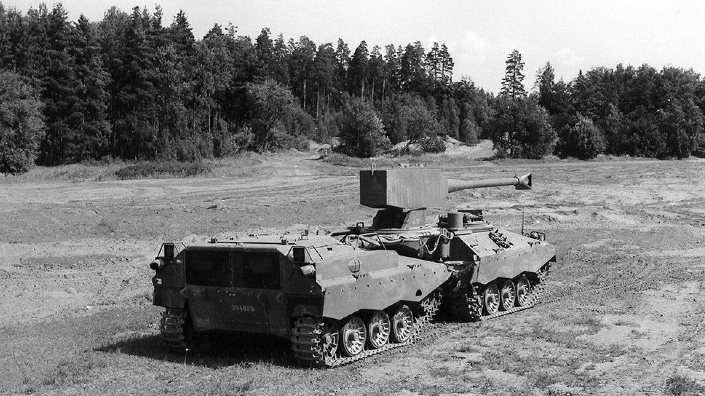Švédská tanková bizarnost - Švédská tanková bizarnost - Švédská tanková bizarnost - Švédská tanková bizarnost - UDES-XX-20 historický záběr