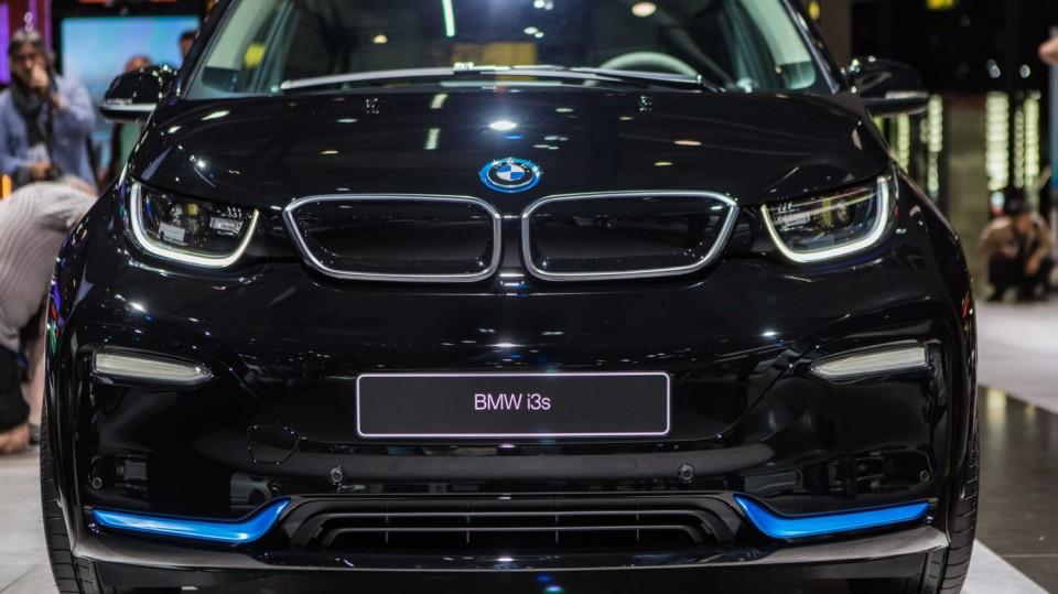 Novinky BMW na stánku ve Frankfurtu. 4