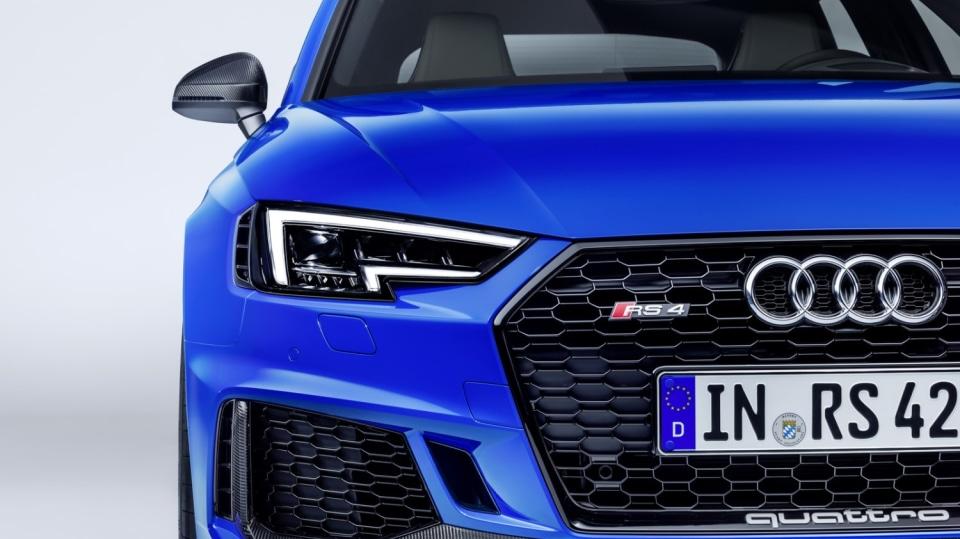 Audi RS4 Avant 18