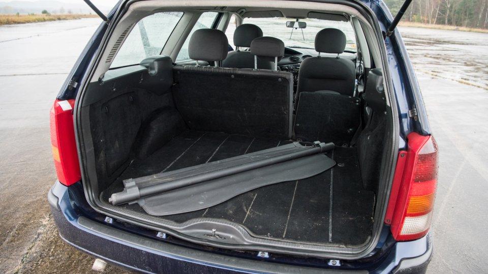 Ford Focus Combi 1.8 TDCI interiér 7