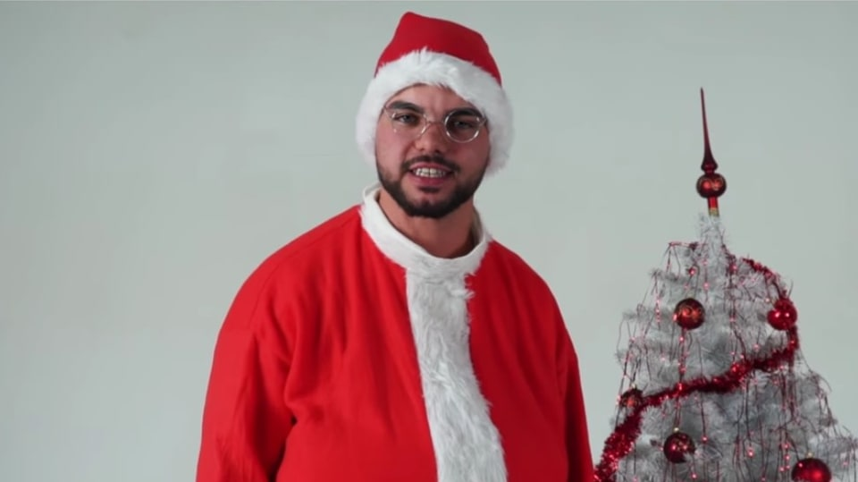 Youtuber Freescoot a jeho vánoční song.