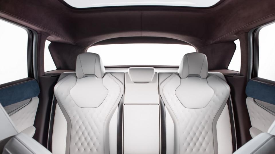Infiniti QX50 Concept 10