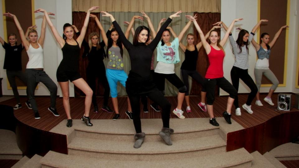 Tanečnice Libuška Vojtková připravuje dívky na soutěž krásy