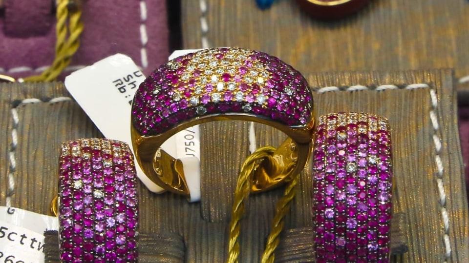 Nádherné luxusní šperky ve Varech