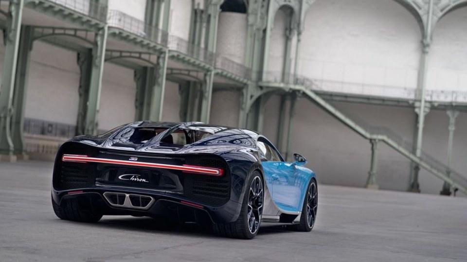 Bugatti Chiron ve skutečném světě - Obrázek 15