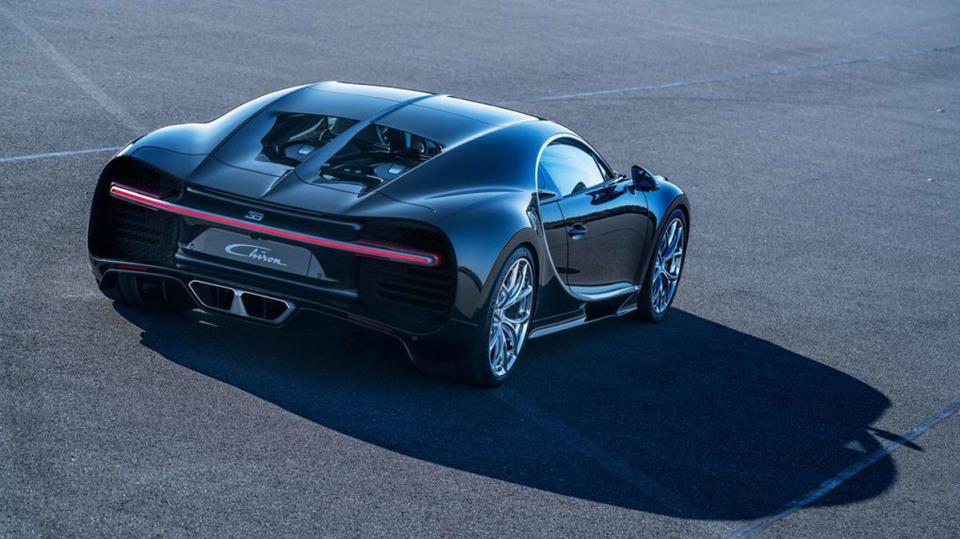 Bugatti Chiron ve skutečném světě - Obrázek 19