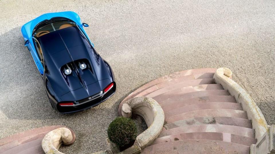 Bugatti Chiron ve skutečném světě - Obrázek 20