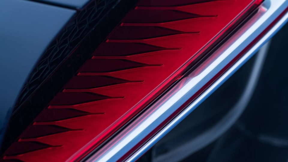 Bugatti Chiron ve skutečném světě - Obrázek 26
