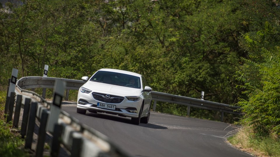 Opel Insignia Grand Sport 2.0 Turbo 4x4 jízda 6