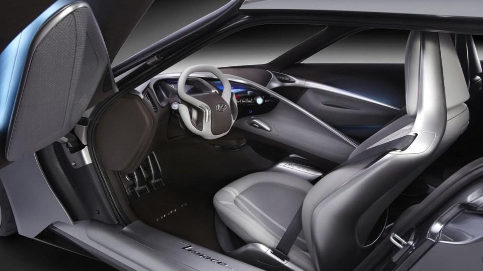 Hyundai HND-9