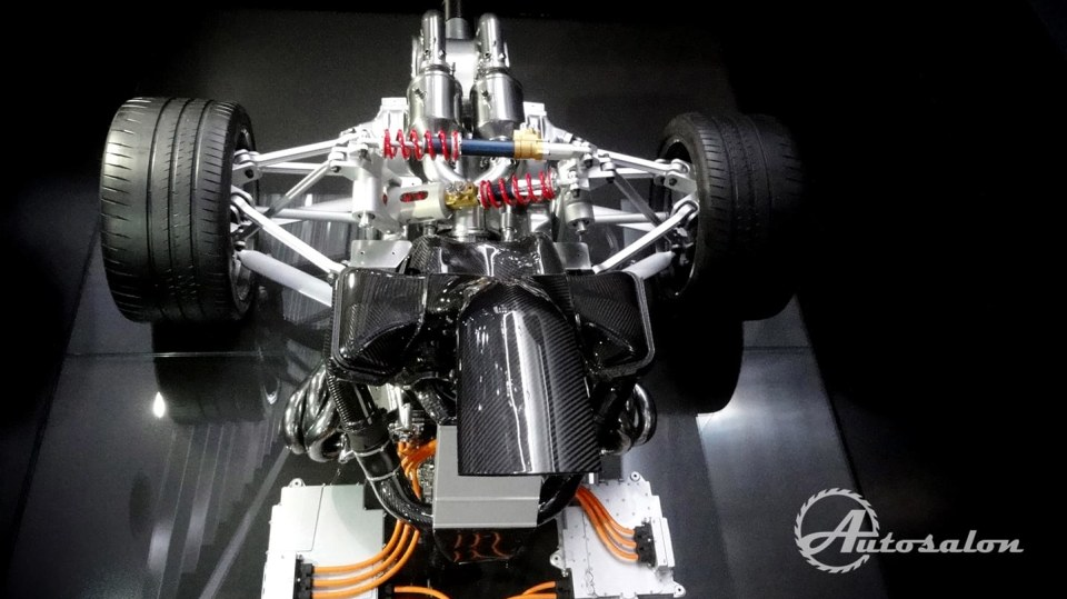 Mercedes-AMG Project ONE - Formule 1 na silnici 6
