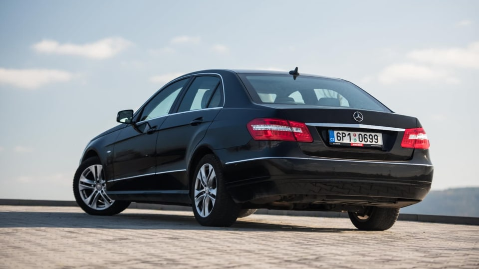 Mercedes-Benz E 220 CDI exteriér 5