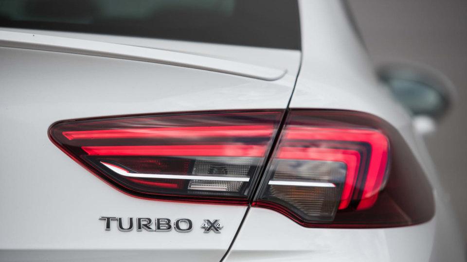 Opel Insignia Grand Sport 2.0 Turbo 4x4 exteriér 13