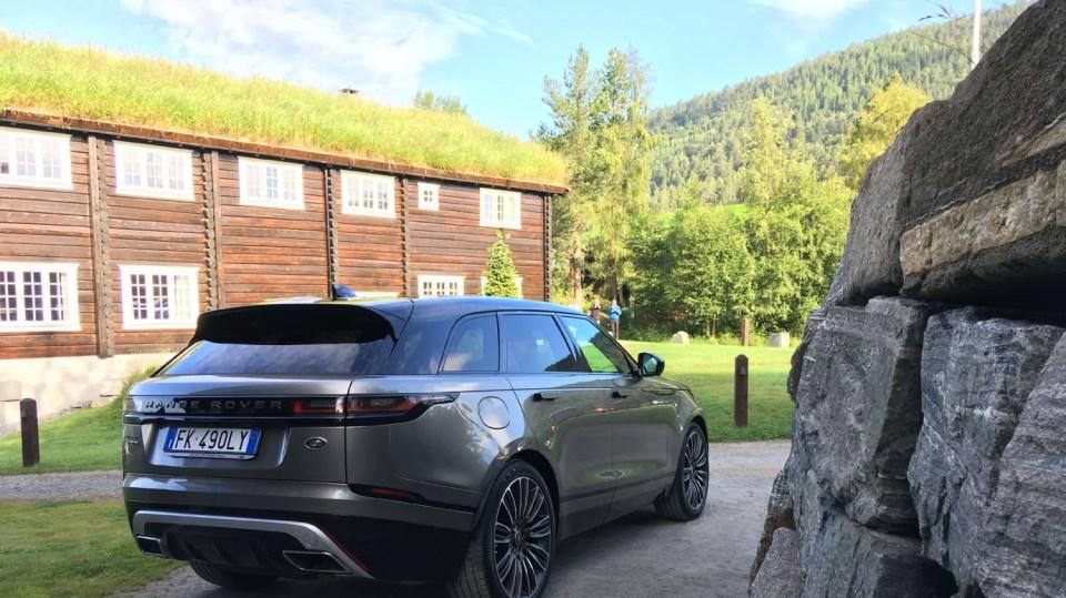Vyzkoušeli jsme Range Rover Velar. 11