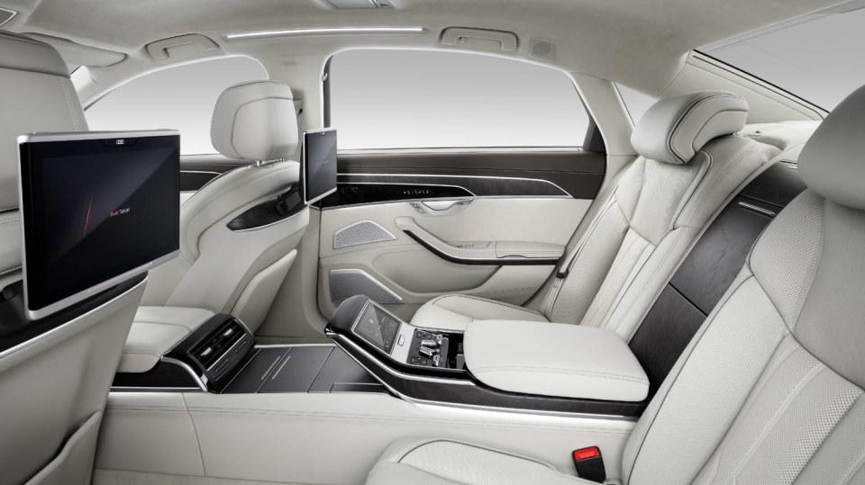 Nové Audi A8 v prodloužené luxusní verzi L. 4