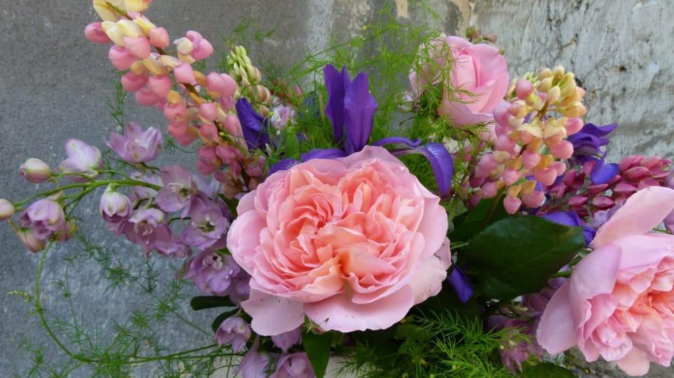 Voňavá červnová kytice: Všechny barvy duhy 1