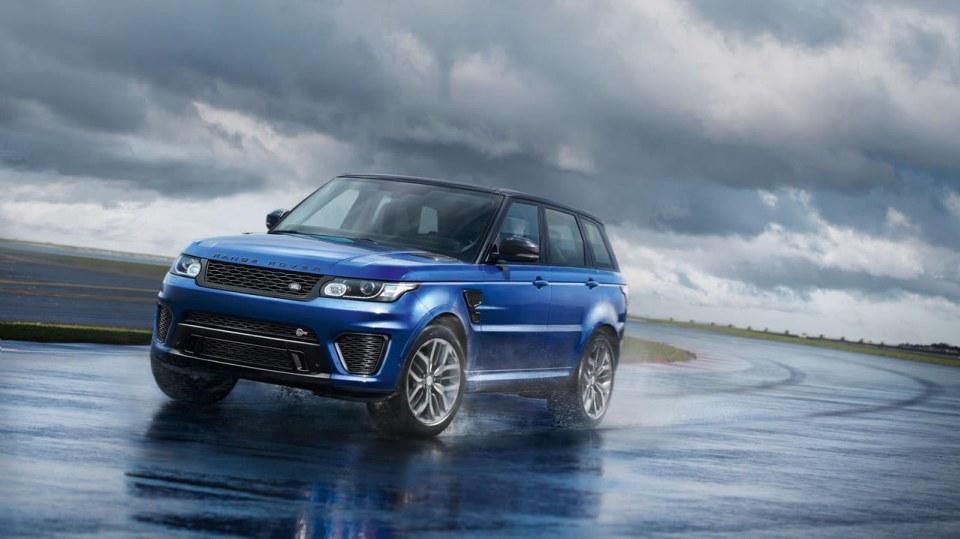 6. Range Rover Sport SVR - 4,7 sekundy, osmiválec 5.0 litru, 405 kW, 680 Nm
