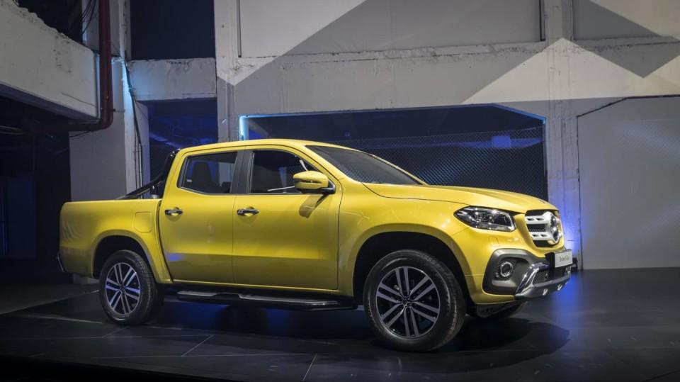 Mercedes třídy X yellow 10