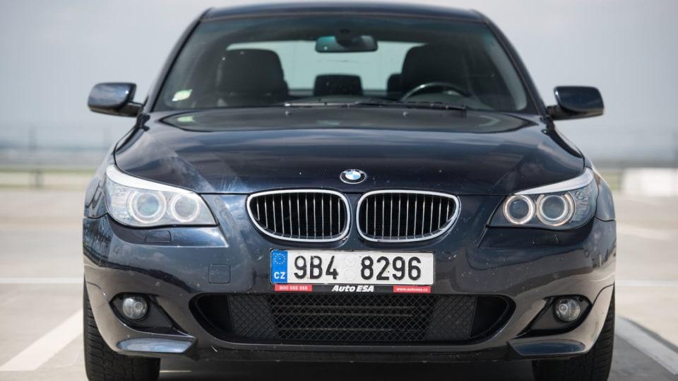 BMW 530i E60 exteriér 7