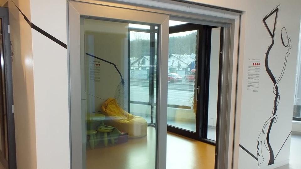 Jak vybírat okna: Plast, dřevo, nebo hliník?