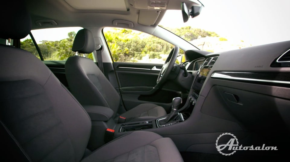 Interiér  VW Golf GTI 3