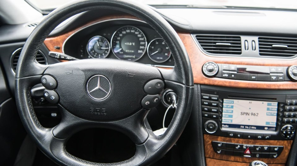 Mercedes-Benz CLS 320 CDI interiér 2