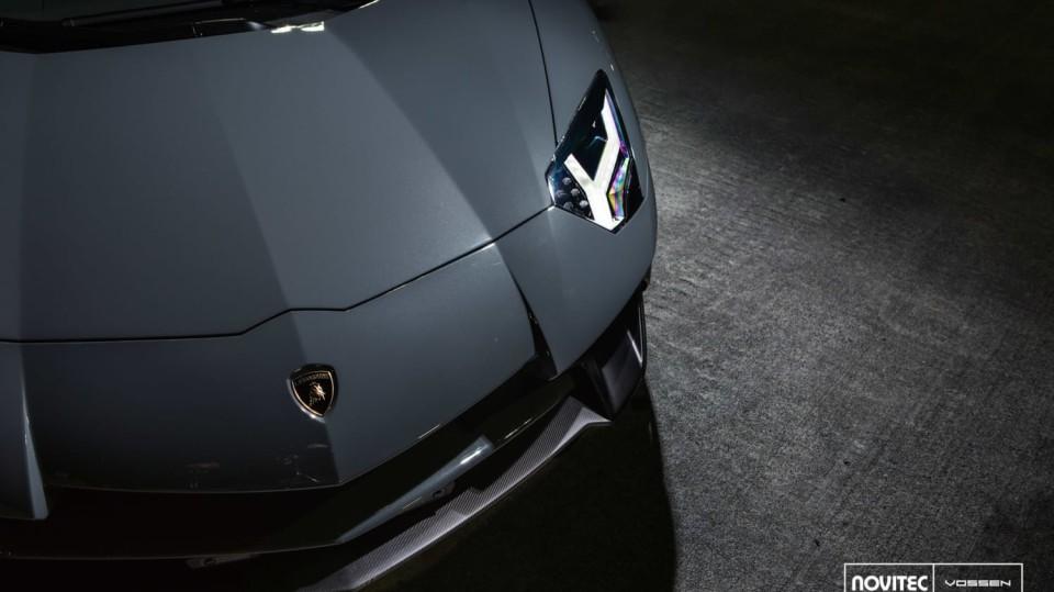 Lamborghini Aventador LP 750-4 SV Roadster od Novitec 3