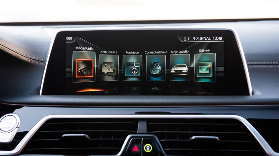 BMW 750Ld je limuzína za 4 miliony 5