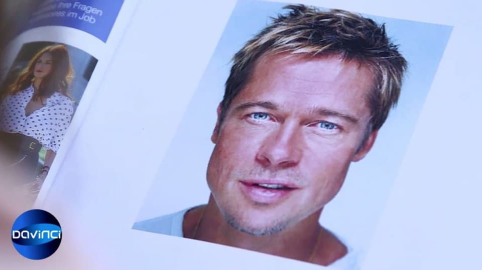 Modrooký Brad Pitt