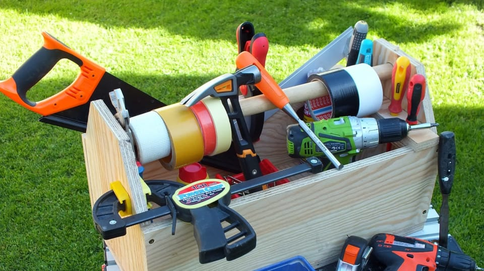 Jak si vyrobit šikovné nosítko na často používané nářadí 7