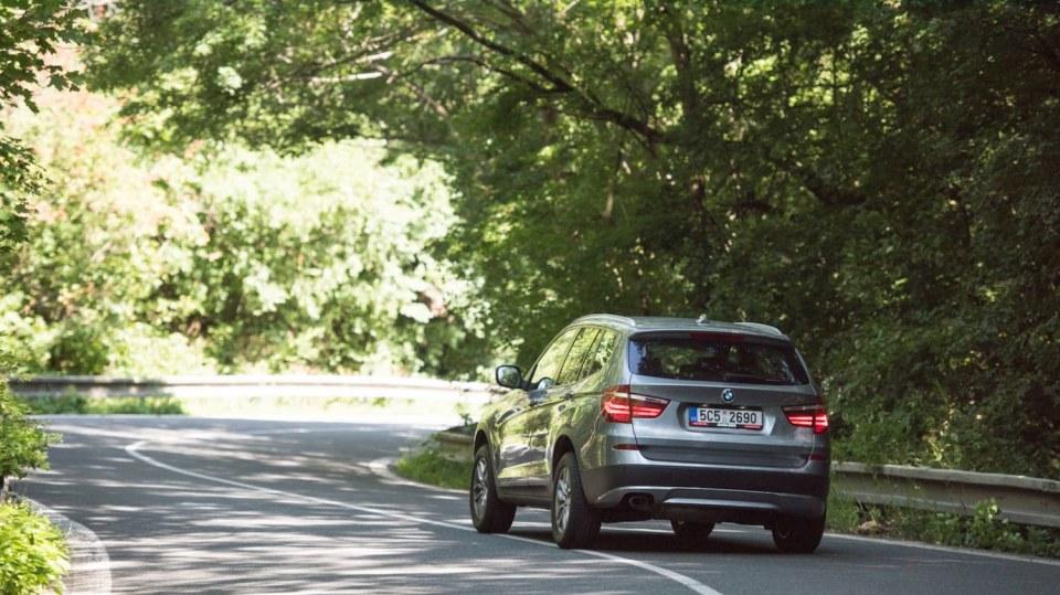BMW X3 xDrive20d jízda 11