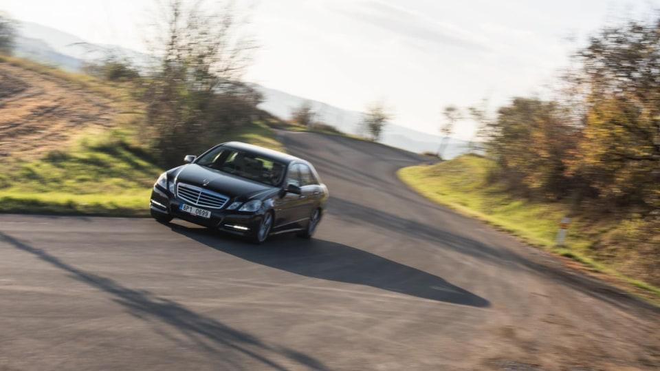 Mercedes-Benz E 220 CDI jízda 1