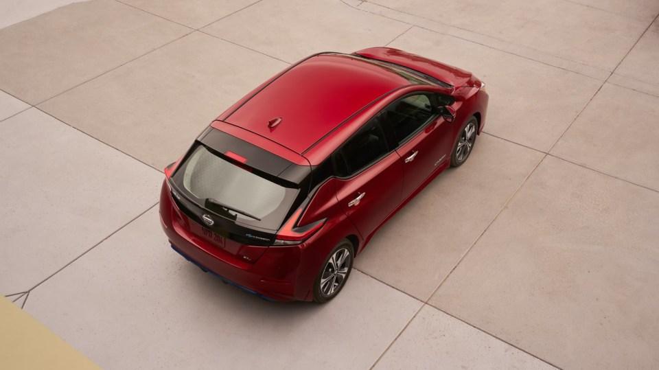 Nový Nissan Leaf je tu. Vypadá dobře a ujede 380 km! 4