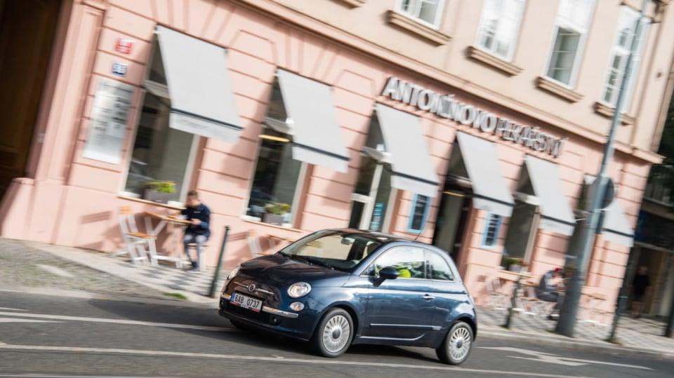Fiat 500 1.4 16v ve městě 1
