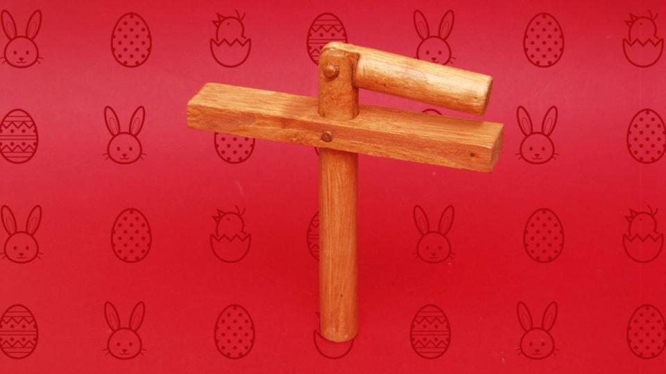 Udělejte si velikonoční klapačku a na Zelený čtvrtek si můžete zaklapat