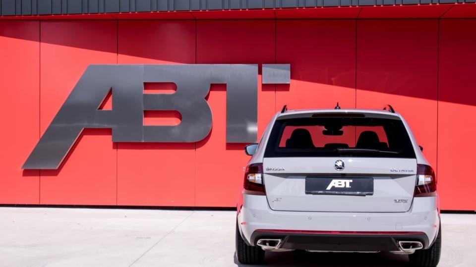 Škoda Octavia od ABT dostala 315 koní. 5
