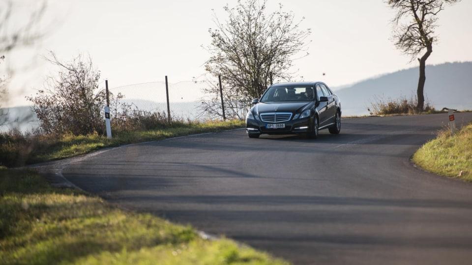 Mercedes-Benz E 220 CDI jízda 9