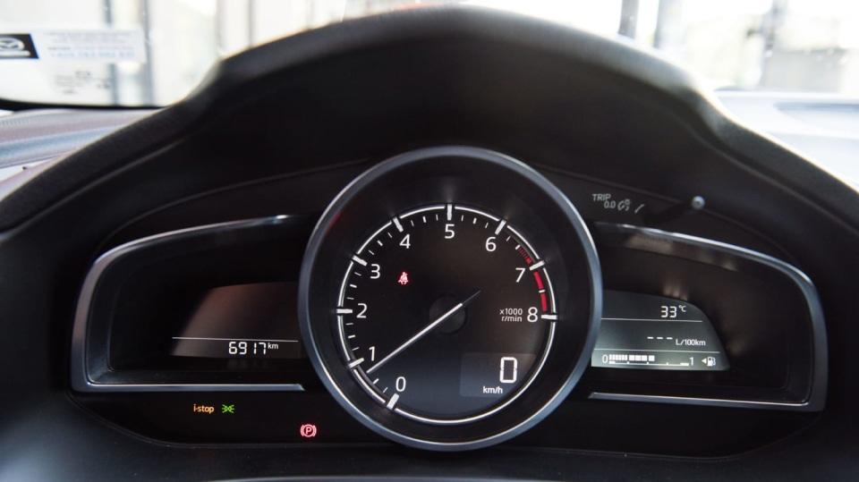 Mazda 3 Sedan po faceliftu 9