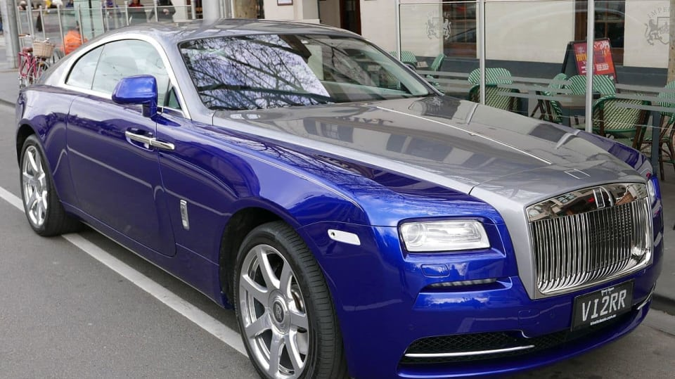 Rolls Royce - znak luxusu