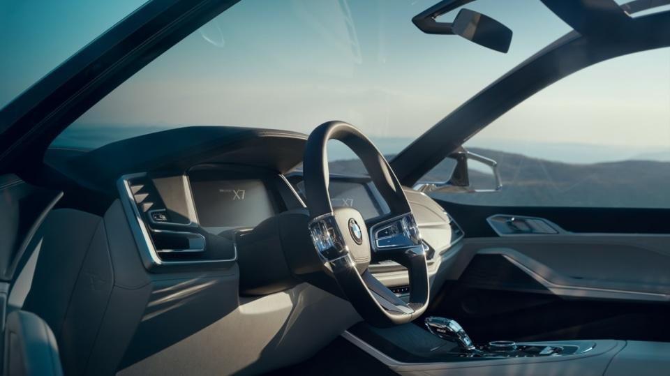 BMW Concept X7 iPerformance 14