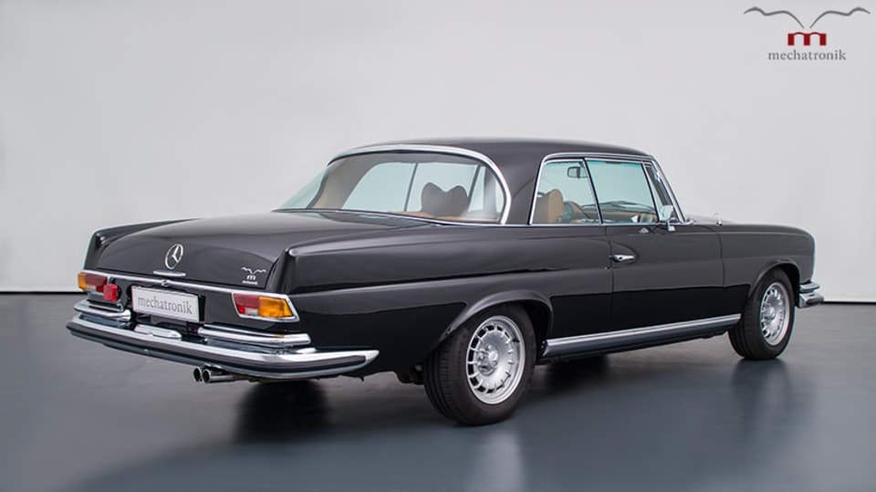 Mercedes-Benz W111 M-Coupe 7