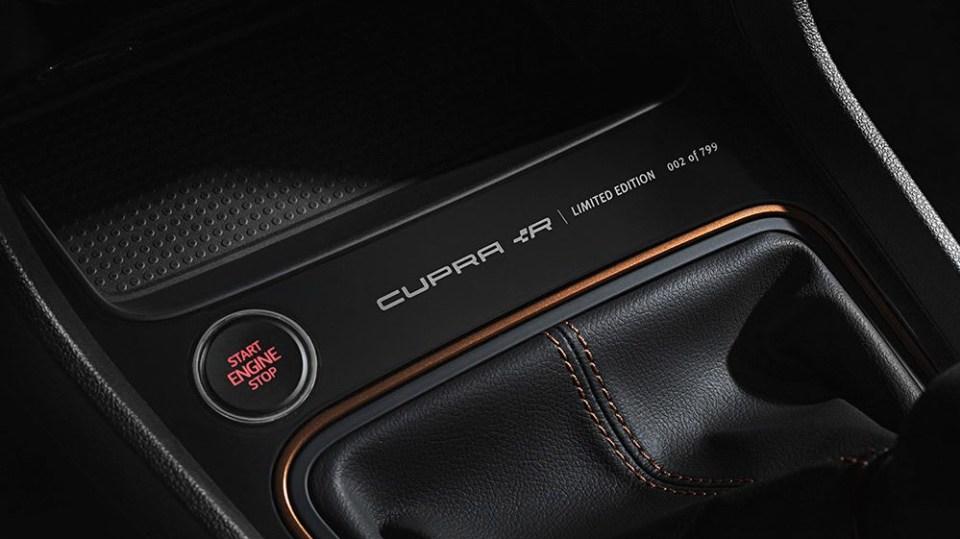 SEAT Leon Cupra R 5