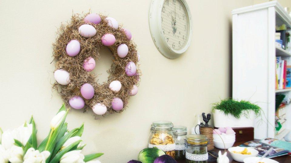 Velikonoční věnec na zavěšení