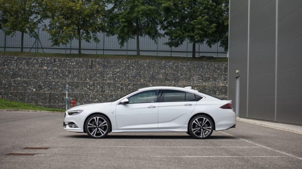 Opel Insignia Grand Sport 2.0 Turbo 4x4 exteriér 7