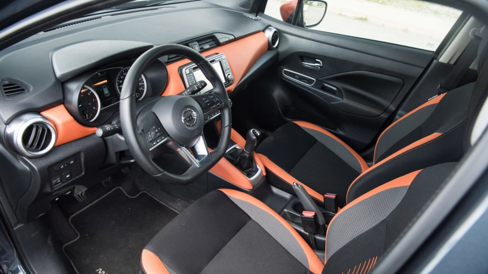 Nissan Micra 0.9 IG-T interiér 2