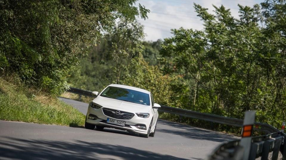Opel Insignia Grand Sport 2.0 Turbo 4x4 jízda 7