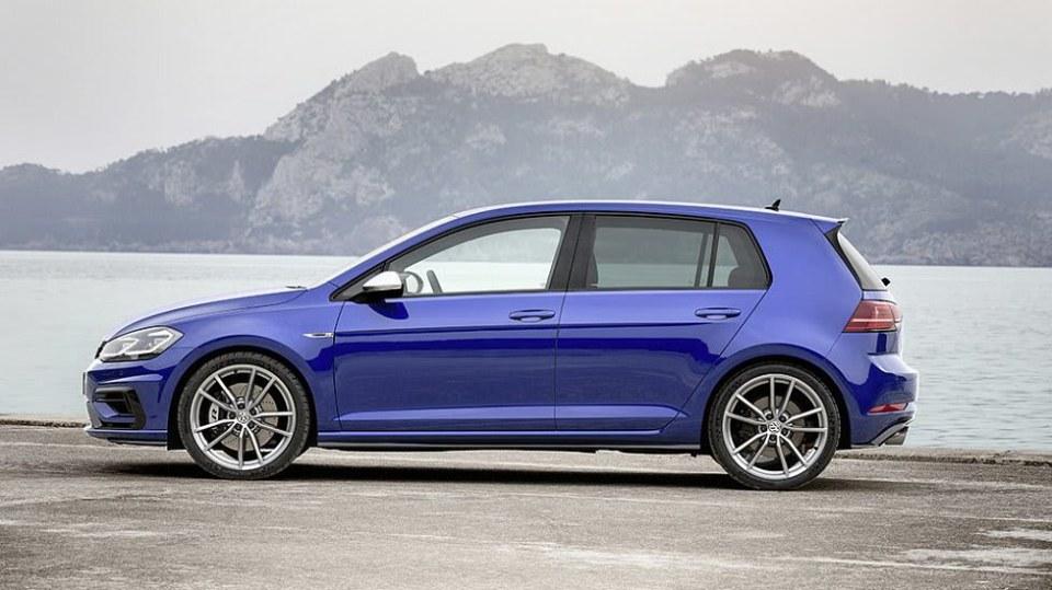 Volkswagen Golf R Performance 3