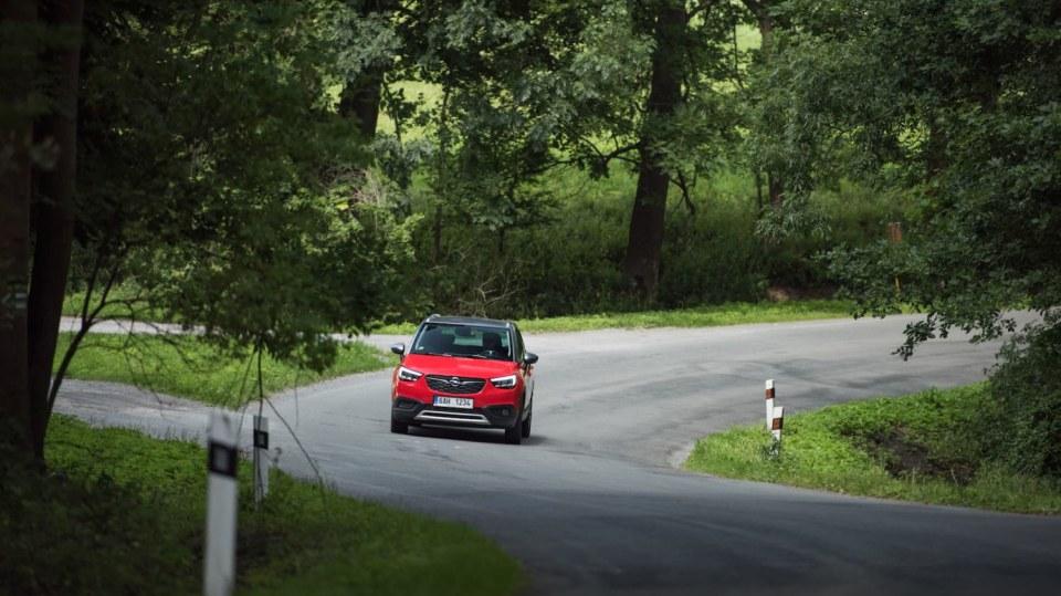Opel Crossland X jízda 5
